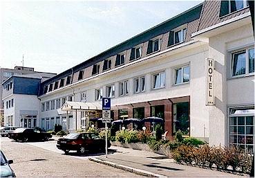 <a href='/czechia/hotels/astra/'>Astra</a> 3*