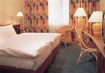 <a href='/czechia/hotels/movenpick/'>Movenpick</a> 4*