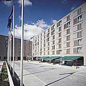 <a href='/czechia/hotels/bestwestern/'>Best Western Kampa Hotel</a> 4*