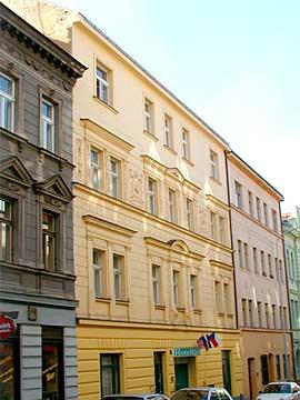 <a href='/czechia/hotels/grand/'>Grand</a>  3*
